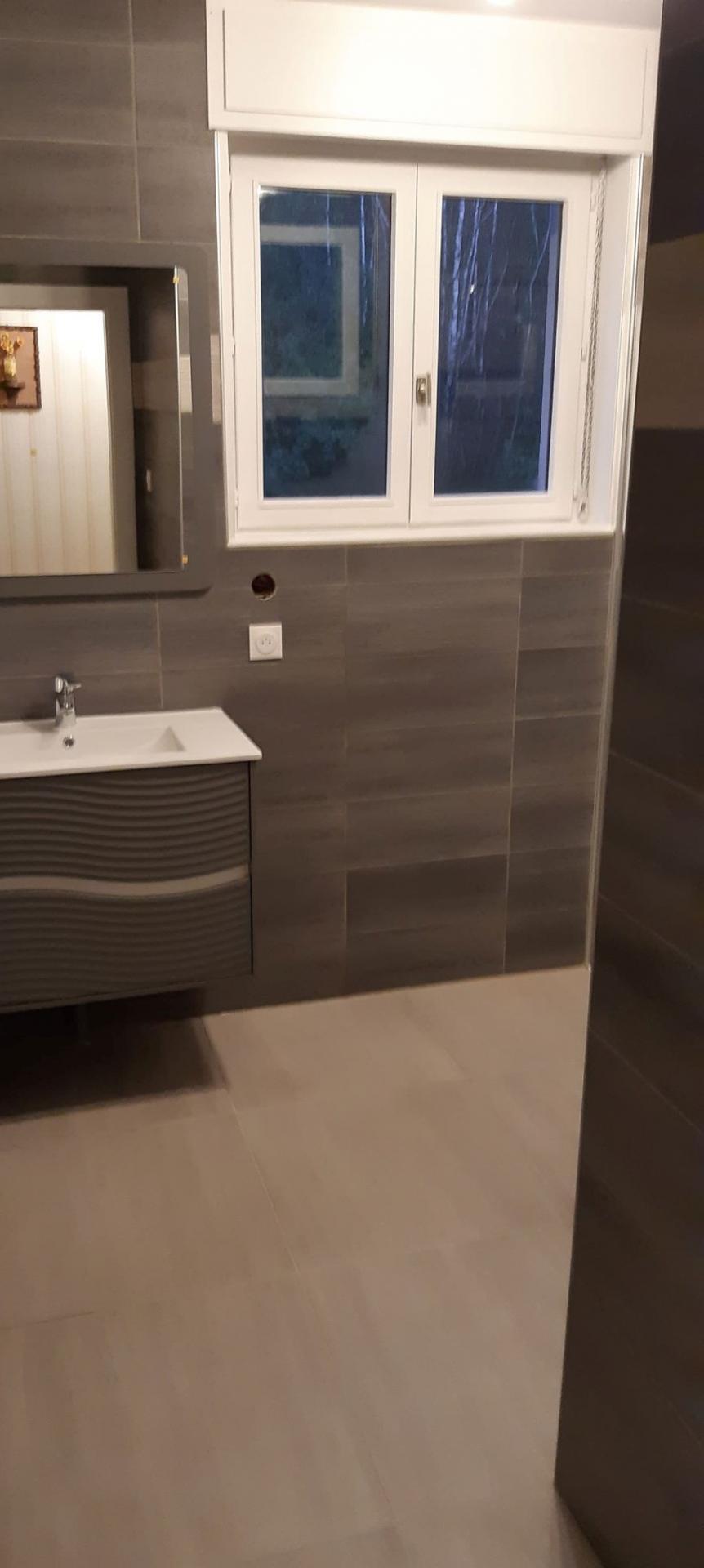 Rénovation de Salle de bain à Saulcy sur Meurthe. Entrepise Pierrel 88100 Taintrux.