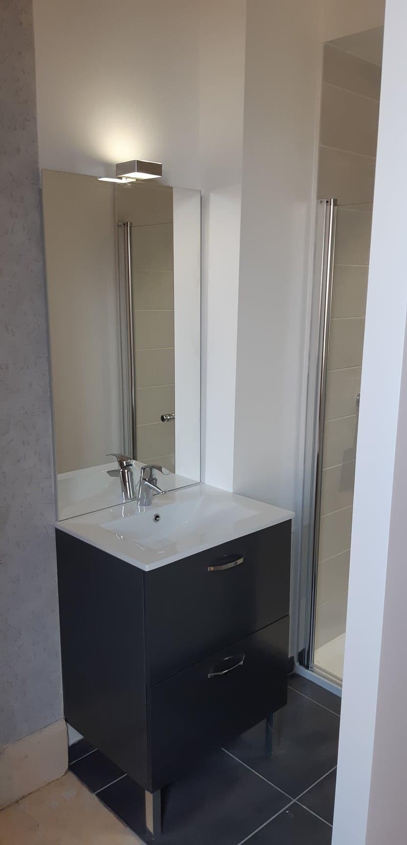 Installation meuble vasque + miroir Entreprise Pierrel 88100 Taintrux.